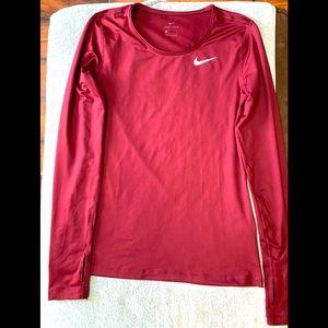 Nike size small Athletic shirt 🎽